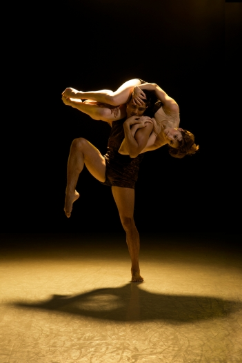 Artists of Rambert Dance Company in Tim Rushton's Monolith. Photo: Chris Nash / Rambert Dance Company ©
