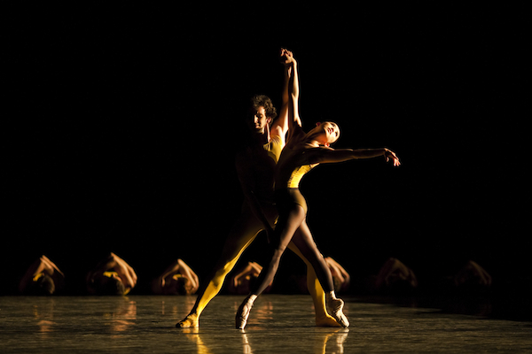 Aki Saito and Wim Vanlessen in Forsythe's Artifact