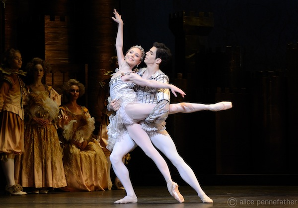 Sarah Lamb (Princess Rose) and Federico Bonelli (the Prince) in the Grand Pas de Deux