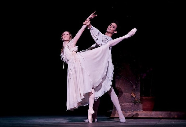 Houston Ballet's Sara Webb and Joseph Walsh perform in Ben Stevenson's Romeo and Juliet