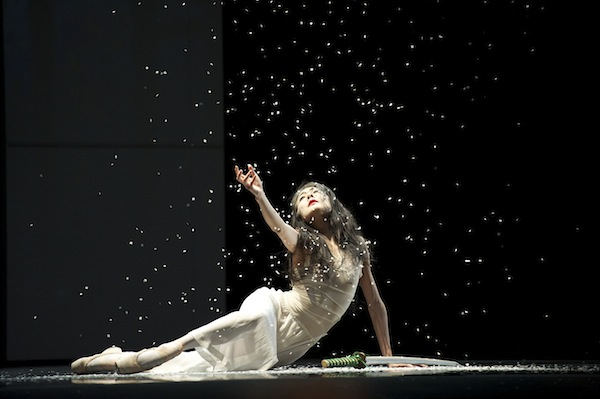Yuan Yuan Tan in Yuri Possokhov's RAkU.