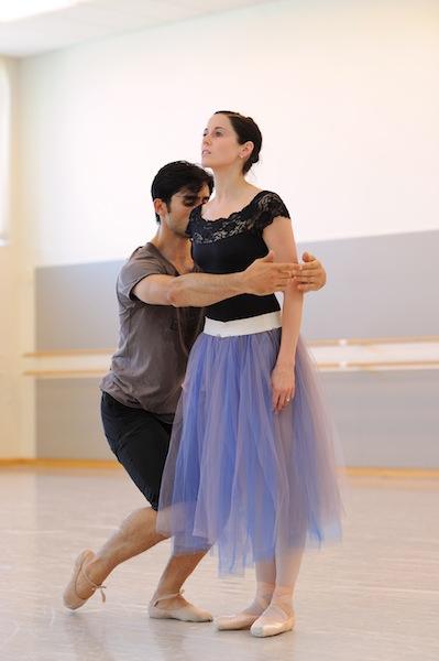 Vanessa Zahorian and Davit Karapetyan rehearse Onegin