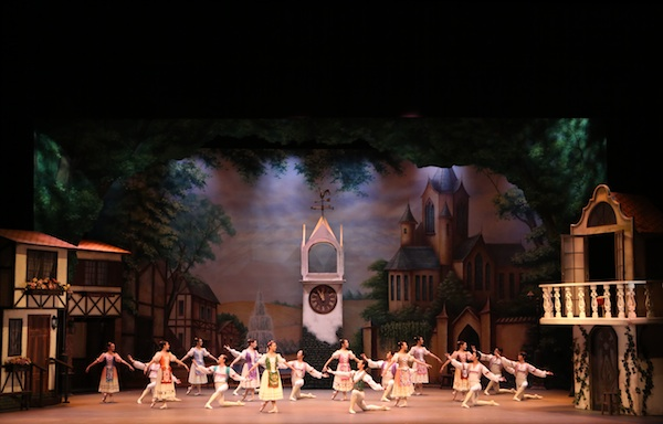 Singapore Dance Theatre's Coppélia