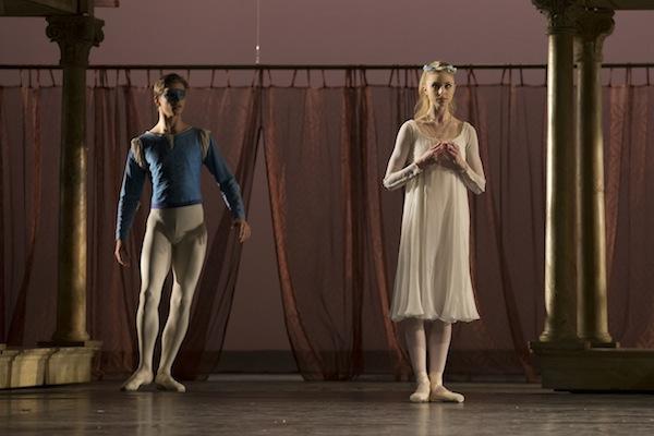 Gregory Dean and Ida Praetorius in Neumeier's Romeo & Juliet