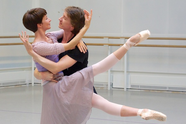 Lauren Cuthbertson and Vadim Muntagirov on rehearsal for Manon