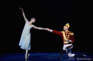 Max Westwell and Alina Cojocaru in The Nutcracker