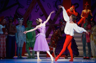 Sarah Lamb as Alice and Vadim Muntagirov as the Knave of Hearts