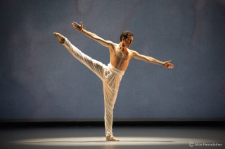 Alejandro Virelles in John Neumeier's Spring and Fall