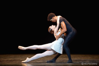 Carlos Acosta and Marianela Núñez in A Song of the Earth
