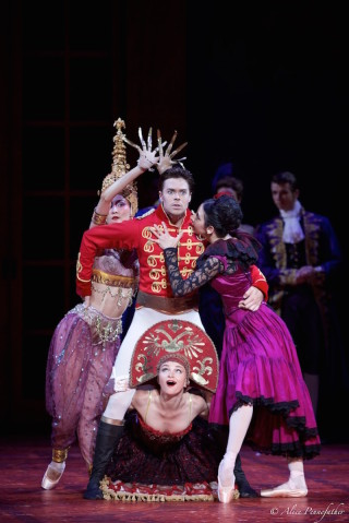 Matthew Golding and Artists of Dutch National Ballet in Cinderella.