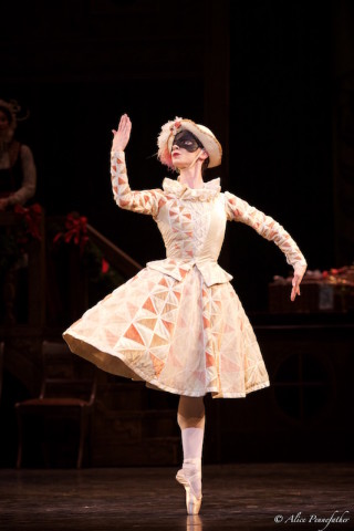 Elizabeth Harrod in The Nutcracker