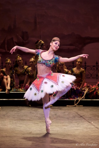 Crystal Costa in Le Corsaire