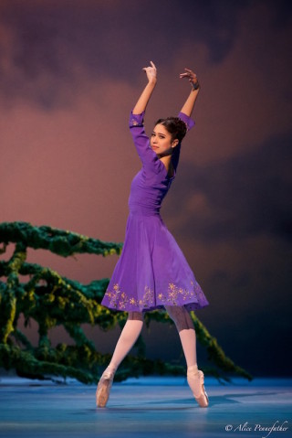 Beatriz Stix-Brunell as Perdita
