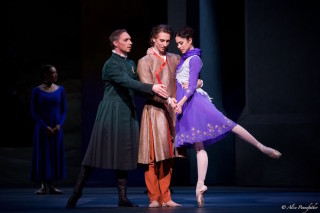 Bennet Gartside as King Leontes, Beatriz Stix-Brunell as Perdita and Vadim Muntagirov as Florizel in Wheeldon's The Winter's Tale.