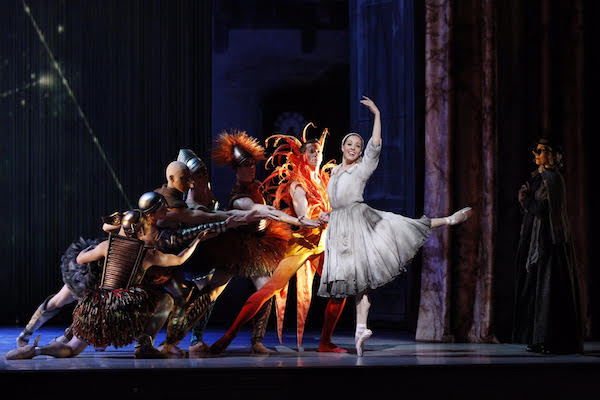 Leanne Stojmenov and artists of The Australian Ballet in Ratmansky's Cinderella.