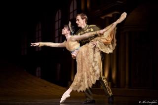 Natalia Osipova as Anastasia with Edward Watson