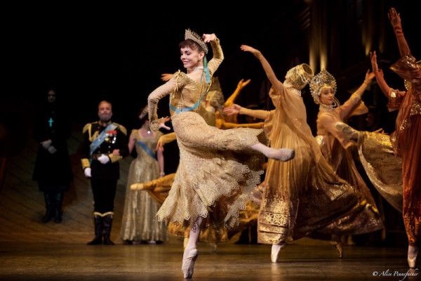 Natalia Osipova as Anastasia and Artists of the Royal Ballet