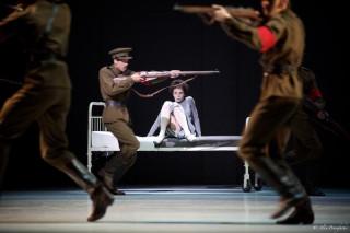 Natalia Osipova as Anna Anderson / Anastasia and Artists of the Royal Ballet in Anastasia Act III