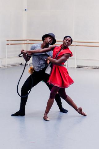 Cira Robinson & Mthuthuzeli November