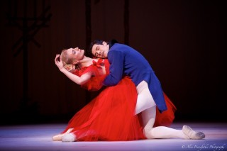 Roberto Bolle and Zenaida Yanowsky in Marguerite and Armand