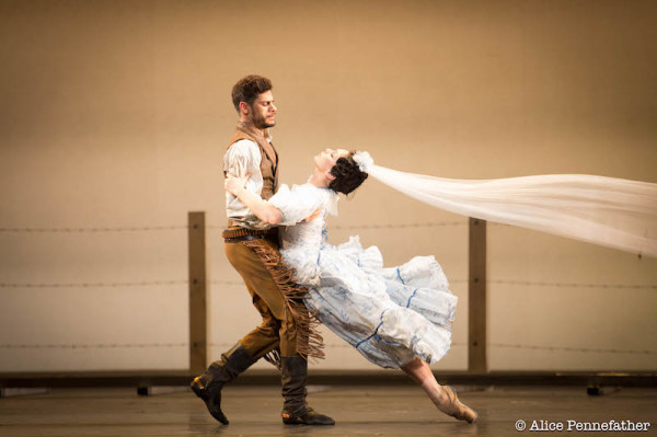 Natalia Osipova and Thiago Soares in Arthur Pita's The Wind.