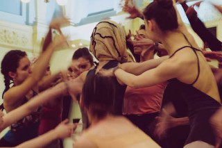 Artists of English National Ballet rehearse Robbins' The Cage.