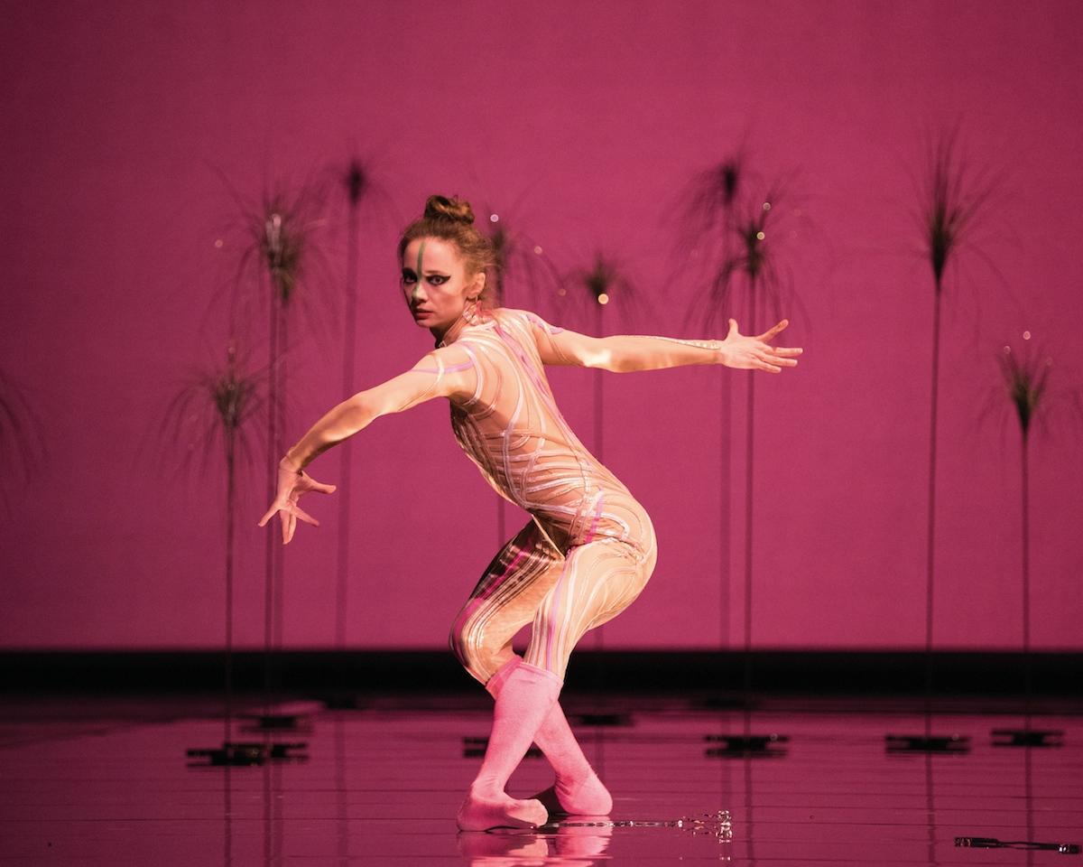 Maria Kochetkova in Pita's Björk Ballet.